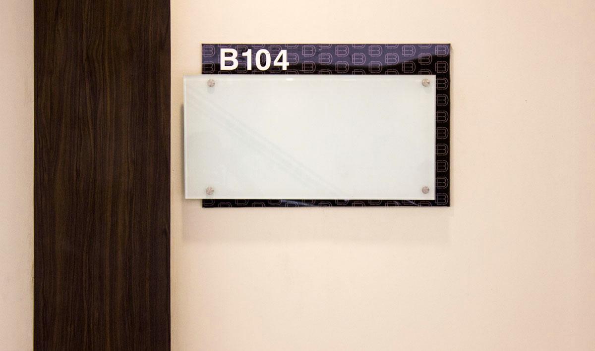 nameplate signage design for commercial center